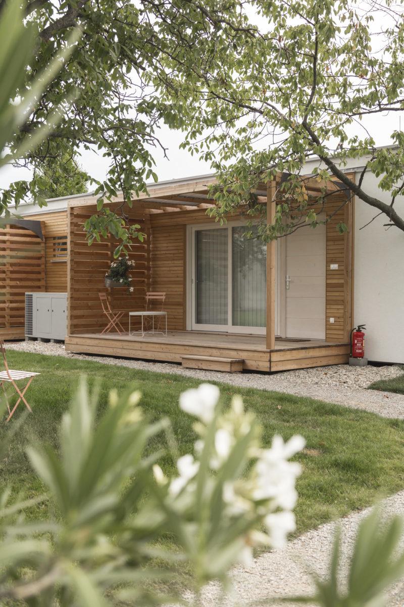 COMMOD HOUSE «maisons du lac»