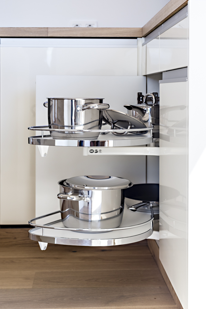 Italian kitchen by COMMOD