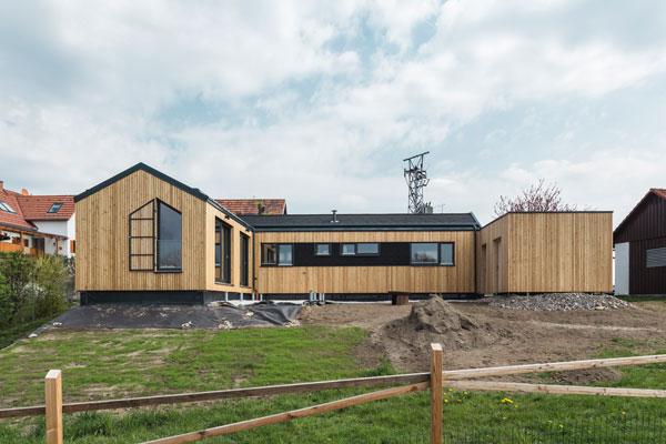 """COMMOD HOUSE BSL """"The SUN HOUSE"""" 80m² GFA"""