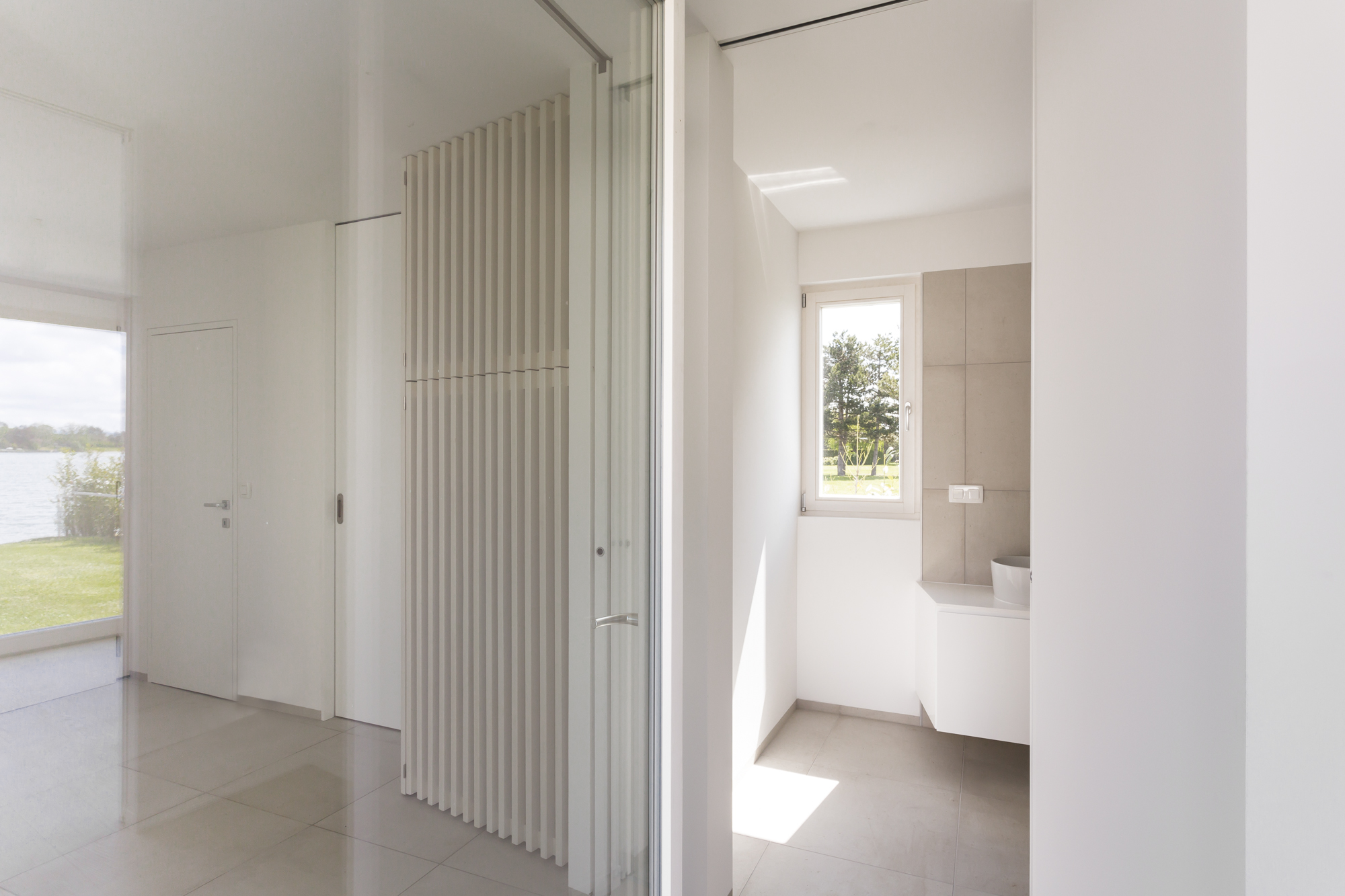 "COMMOD HOUSE ET ""BATH HOUSE"" 69m² GFA"