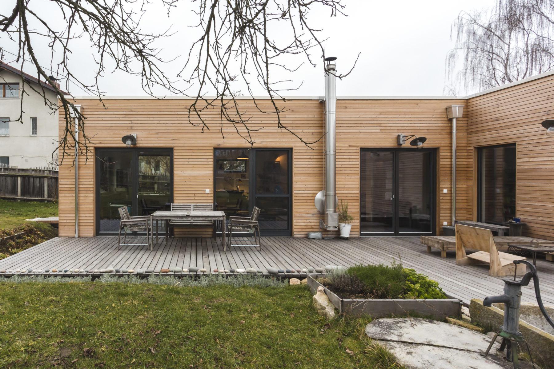 "COMMOD HOUSE NF ""music house"" 137m² SHOB"