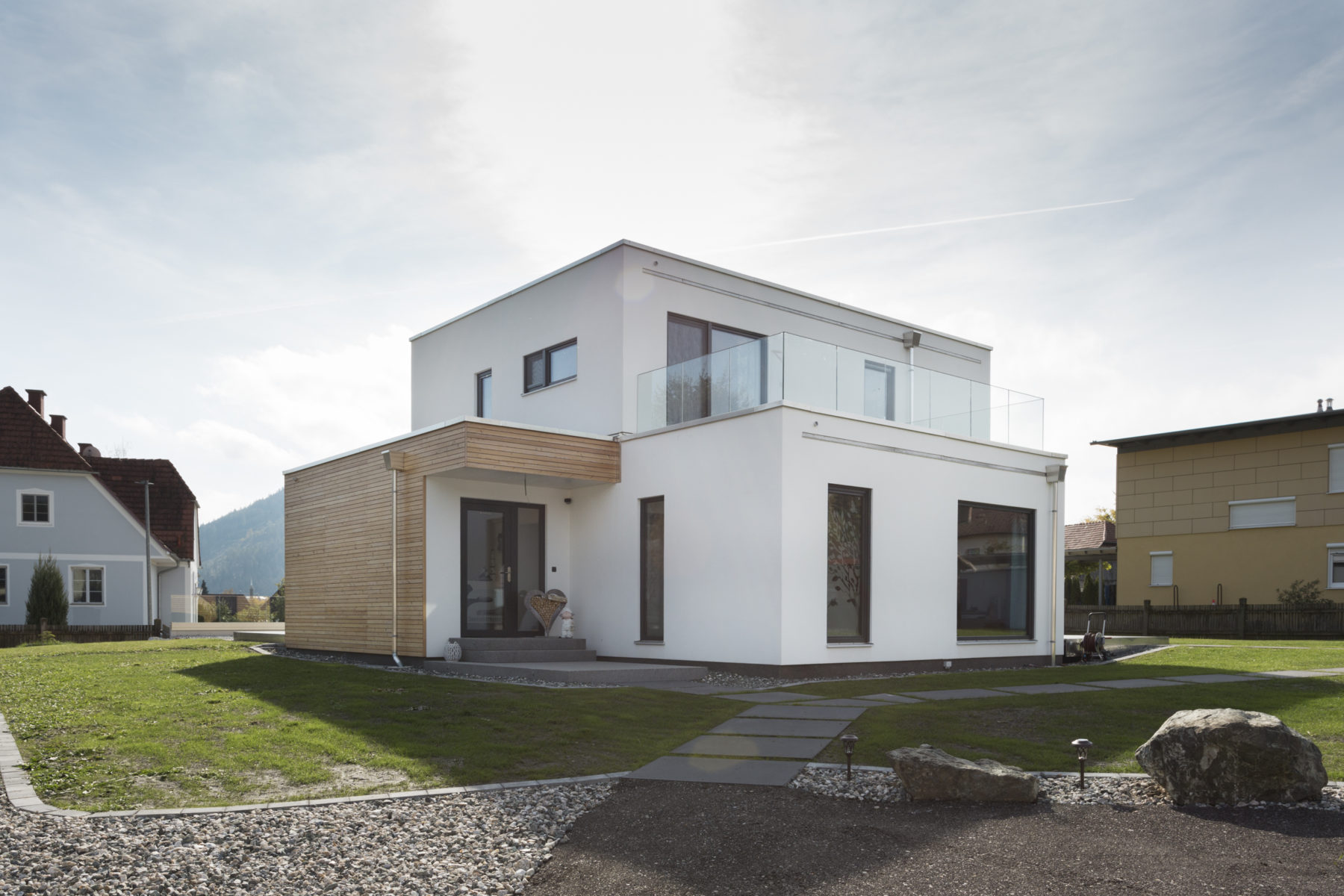 "COMMOD HOUSE ""TWIST"" 155m² BGF"