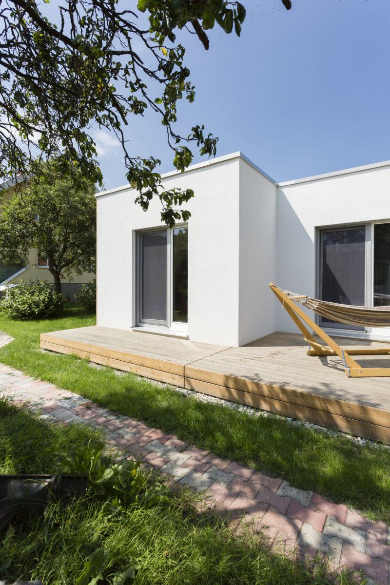 "COMMOD HOUSE ""Tetris House"" 74M² GFA"