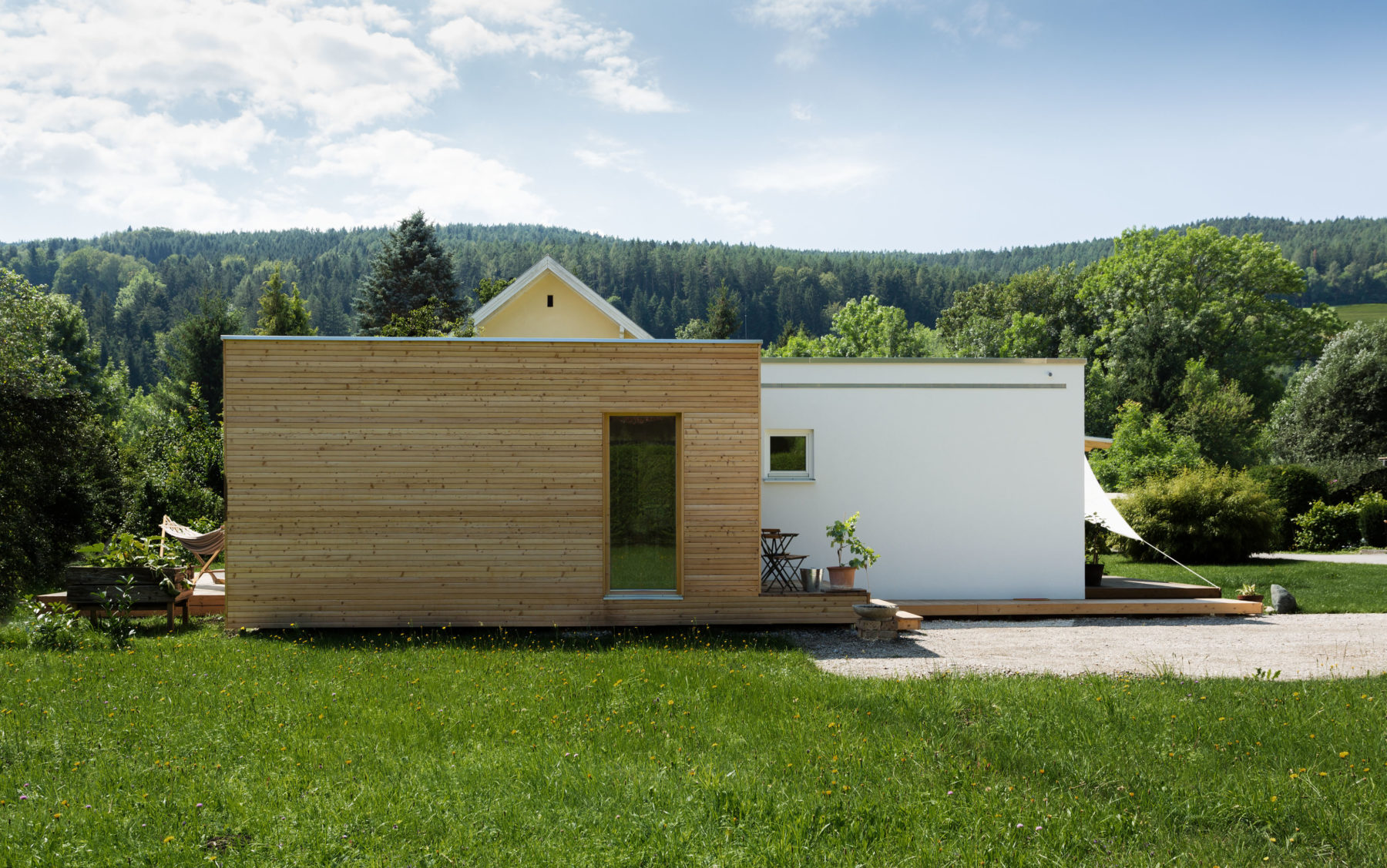 "COMMOD HOUSE ""Tetris Haus"""